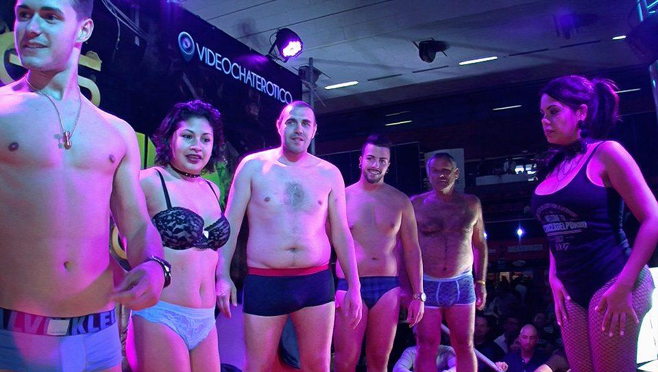 striptease_publico_004